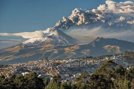 Cotopaxi spewing ash and steam